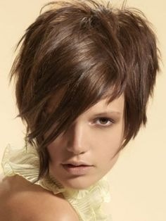 Asymmetric hairstyles 2012 trends - short hair