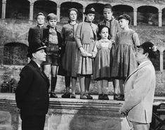 The Sound of Music Photo: The Sound of Music Sound Of Music Movie, Julie Andrews, We Movie, Beautiful Costumes, Hollywood Actor, Classic Hollywood, Music Photo, Interesting Faces, Good Movies