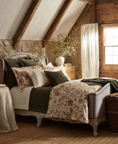 CLOSEOUT! Ralph Lauren Wilton Rose Collection $51.97 The Wilton Rose Bedding Collection from Ralph Lauren features a romantic rose motif throughout a textured beige homespun cotton inspired by an English countryside cottage.