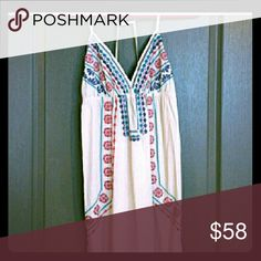 FLYING TOMATOES  BOHO PRINCESS MAXI..MEDIUM CREAM  EMBROIDERED  BACKLESS  FULLY LINED HIPPIE PRINCESS  MAXI IN EXCELLENT  CONDITION Flying Tomato Dresses Maxi