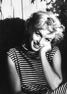 Marilyn photographed by John Florea