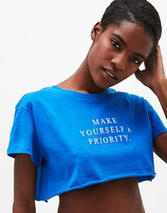 Must-have T-shirts for women at Bershka in Spring/Summer 2017. Get the latest trends in printed, long sleeve or oversized T-shirts. Be the star of the party!