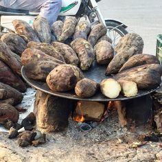 Shakarkandi or Sweet Potato ! A very famous street food in Pakistan.  Follow Us  @foodiespakistan http://ift.tt/2xZq5rE  #Pakistan #instagood #foodie #food #instapic #homemade #buzzfeedfood #thefeedfeed #huffposttaste #droolclub #f52gram #picoftheday #tastespotting #bhgfood #igfood #foodstagram #nomnom #instayum #eatfamous #foodblog #foodlover #foodnetwork #foodgasm #foodphotography #foodpics #foodlove #foodporn #asianfood #foodgram @buzzfeedtasty @buzzfeedfood @hungrykhaleesi @salihacooks