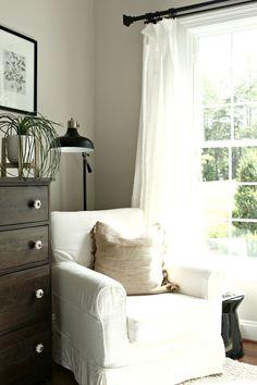 Farmhouse bedroom chair. Farmhouse bedroom chair ideas. Farmhouse slipcovered bedroom chair #Farmhousebedroomchair #bedroomchair #slipcoveredchair Beautiful Homes of Instagram @middlesisterdesign - Home Bunch