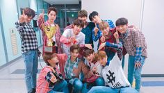 """Watch: Wanna One Takes Win And Triple Crown For """"Energetic"""" On """"Show Champion,"""" Performances By HyunA, Sunmi, And Jinyoung, Jin Kim, Ong Seung Woo, Miss U So Much, You Are My World, Guan Lin, Lai Guanlin, Lee Daehwi, Fandom"""