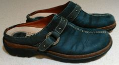 Women Bass Shoes Loafers Clogs Slip Ons 6.5 Navy Blue Suede Leather Comfort Work #Bass #Clogs #CasualWorkWalkingetc