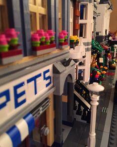 Marvel And Dc Superheroes, Brick, Lego, Instagram Posts, Outdoor Decor, Home Decor, Decoration Home, Room Decor, Bricks