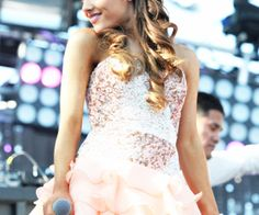 Ariana Grande Out and About! Ariana Grande performs at Wango Tango 2013 at the Home Depot Center. Cat Valentine, Scream Queens, Nickelodeon Victorious, Sam E Cat, Ariana Grande Fotos, Charlotte, Star Wars, Dangerous Woman, Agra