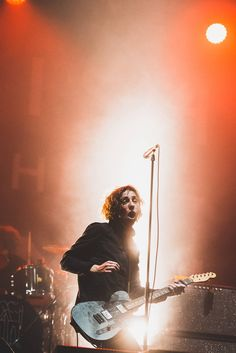 Catfish and the Bottlemen (Reading Festival 2015)