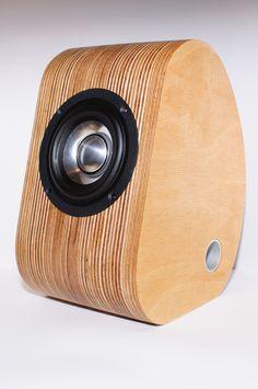DSC_1578 Open Baffle Speakers, Diy Speakers, Built In Speakers, Stereo Speakers, Bluetooth Speakers, Arduino, Ipod Dock, Speaker Box Design, Sound Speaker