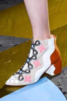Peter Pilotto at London Fall 2015 (Details)