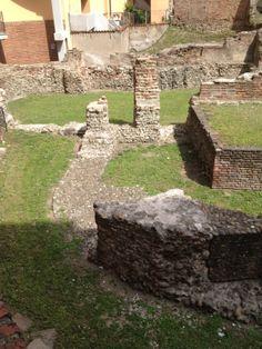Scavi archoelogici di Via Brisa - Palatium Palazzo, Milan Italy, Ancient Rome, Roman Empire, Milano, Bella, Places Ive Been, Urban, History