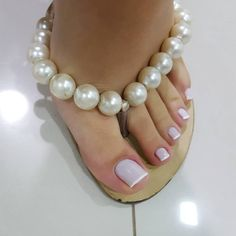 A collection of the best female feet pictures I found. just gorgeous feet. Pretty Toe Nails, Pretty Toes, Beautiful Toes, Gorgeous Nails, Nice Toes, French Pedicure, Feet Nails, Toenails, Toe Nail Designs
