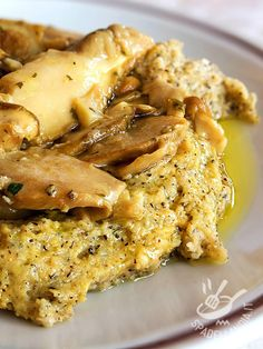 Polenta taragna with porcini mushrooms - Polenta taragna with porcini mushrooms is a great classic of Northern Italy cuisine, famous all ove - Italian Pasta Recipes, Italian Soup, Italian Dishes, Mushroom Polenta, Brunch, Italy Food, Recipe Mix, Cooking On The Grill, Pork Chop Recipes