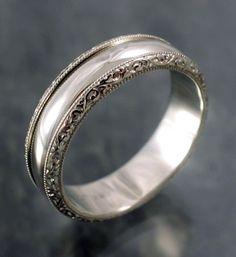 Men's Wedding Bands - this matches the ring I like for me perfectly!