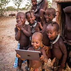 Funny pictures about Tribal Children See A Ipad For The First Time. Oh, and cool pics about Tribal Children See A Ipad For The First Time. Also, Tribal Children See A Ipad For The First Time photos. Precious Children, Beautiful Children, How Beautiful, Beautiful Babies, Happy Children, Children In Africa, Little People, Little Ones, Cute Kids