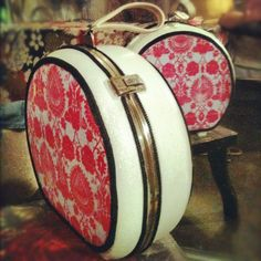 Upcycled round and very unique 60s case in by TheUpcycledWord, $58.00