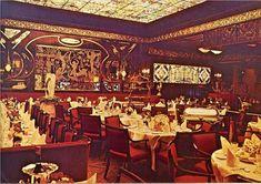 Maxwell's Plum, NYC c. 1965 #60s #restaurants