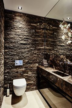 Luxury Luxury Toilet Design 27 For Your home decor . Bathroom Design Luxury, Luxury Interior Design, Luxury Bathrooms, Modern Bathrooms, Wc Decoration, Luxury Toilet, Toilette Design, Rideaux Design, Luxury Shower