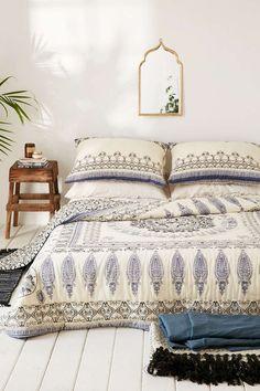 Bohemian Bedroom :: Beach Boho Chic :: Home Decor + Design :: Free Your Wild…