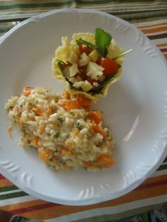 Risoto de abóbora com provolone + cestinhas de parmesão com salada de mini rúcula e alcachofra