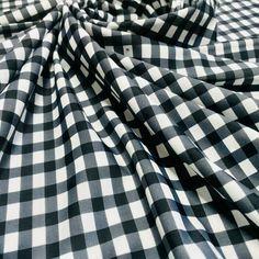 Whiteblack Horizontal .25/'/' Stripes Print On Nylon Spandex 4 Way Stretch
