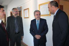 Embajador de Perú visitó la UBO
