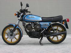 VIERTELLITER - Moto Morini Amex 250J Classic Motors, Classic Bikes, Motorcycle Engine, Motorbikes, 3, Vehicles, Vintage, Motor Scooters, Autos