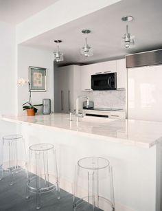 Lonny Magazine Jul/Aug 2011 | Photography by Patrick Cline; Interior Design by Michelle Adams. #kitchen