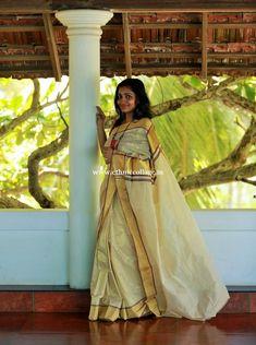 Onam Saree, Kasavu Saree, Kerala Saree, Sarees, Set Saree, Costumes Around The World, Beautiful Saree, Countries Of The World, Cool Costumes