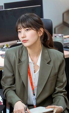 Cute Selfie Ideas, Ulzzang Korean Girl, Joo Hyuk, Bae Suzy, Korean Star, Office Fashion, Actresses, Korean Dramas, Office Style