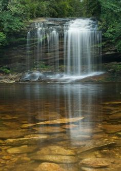 Schoolhouse Falls at Panthertown Valley, North Carolina http://www.vacationrentalpeople.com/vacation-rentals.aspx/World/USA/North-Carolina