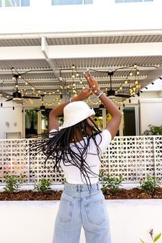 I am my own sunshine!🌻 #sashkaco #handmadejewelry #positivevibes #bracelets #glassbeads #accessories #ladies #musthave #fashionjewelry #trends #happiness #shopnow Panama Hat, Must Haves, Glass Beads, Shop Now, Sunshine, Handmade Jewelry, Fashion Jewelry, Happiness, Trends