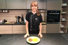Najmladšia MasterChefka na svete: S akým receptom Kristína Nemčková vyhrala uznávanú súťaž? Chef Jackets, Fashion, Moda, Fashion Styles, Fashion Illustrations