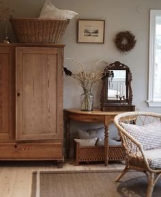 Interior Styling, Interior Decorating, Interior Design Boards, Guest Room Office, Living Spaces, Living Room, Rustic Interiors, Home Board, Home Decor Inspiration