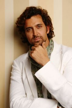 hrithik roshan | hrithik roshan photos hrithik roshan photos hrithik roshan photos ...