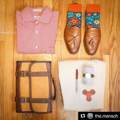 #Repost @the.mensch  We love this composition!  $40 on @amazon use code THEMENSCH15 for 15% off) . . . #mensfashion #mensfashionpost #mensfashionblog #mens #mensch #mensclothing #menswear #mensweardaily #mensstyle #mensfashionreview #ootd #ootdmen #menwithbeards #menwithclass #menwithstyle #fashion #style #styleblogger #fashionblogger #mensboots #dapper #dapperstyle #wiwt #leatherboots #leathergoods #leather #grid #flatlay