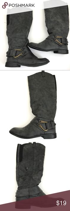 """Mossimo Knee High Riding Boots Wider Calfs Brand: Mossimo  Size:11  Heel Height:1""""  Platform Height:1/2""""  Boot Shaft:17""""  Circumference(Elastic Backing for wider calfs):8.5""""  Condition: Pre Owned Boots, in Good Shape.Scuff Marks Shown in Photos  Faux Leather Upper. Rubber Soles.Knee High   Original Box/Dust Bag is Not Included     Item comes from a pet free/smoke free clean environment  please contact me for any additional questions  I offer combined shipping Mossimo Supply Co Shoes Over the…"""
