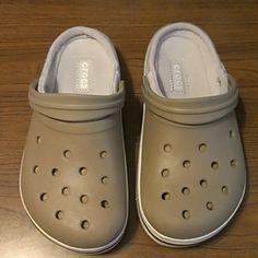 Nice Shoes Crocs Shoes Crocs, corte y suela: sintetico, forro:textil, boulder Colorado,color khaki and white Crocs Shoes Sandals