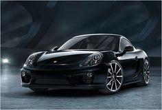 A Porsche acabou de entregar a Black Edition do seu modelo Cayman e parece espetacular. Todo finalizado em pintura exclusivamente preto brilhante e seu interior de couro preto, a edição especial do Porsche  Cayman Black Edition oferece novida