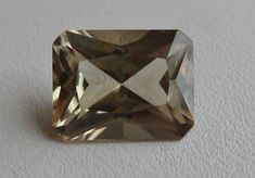 Zultanite® Gems Different Light, Different Colors, Radiant Cut, Rare Gemstones, Color Change