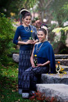 Traditional I-san (Northeastern of Thailand) Dress