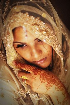 Muslim Bride by Shelton Muller, Photographer, via Flickr Perfect Muslim Wedding