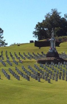 Confederate soldiers at Cedar Hill Cemetery in Vicksburg, MS Confederate Statues, Confederate Monuments, Confederate States Of America, America Civil War, Confederate Flag, American War, American History, Cedar Hill Cemetery, Unusual Headstones