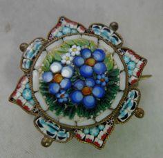 Victorian-Italian-Micro-Mosaic-Star-Brooch-BY-FAP-2-5cm