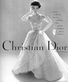 Christian Dior 1952 vintage ad for Dior Gown. See more Vintage Dior dresses on t… Christian Dior 1952 vintage ad Vintage Outfits, Robes Vintage, Vintage Dior, Vintage Couture, Vintage Dresses, Fashion Vintage, Vintage Hats, Vintage Beauty, Victorian Fashion