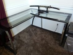 Easy Build Glass Corner Desk - http://teenagereader.com/easy-build-glass-corner-desk/ : #DesksDesign Building your own glass corner desk opens new possibilities in the world of design. This is possibly one of the simplest types of desktop do. You do not need special woodworking tools as saws, planes, sandpaper or leveling. The base carved, sharp, adjustable or metal columns, they are easily...