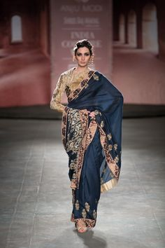 Anju Modi at India Couture Week 2014 - blue and gold sari