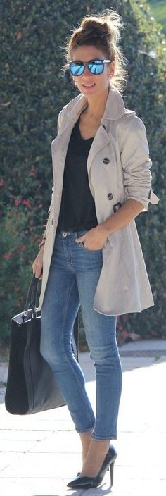 Faded skinnies + trench.
