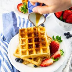 You are going to love these classic vegan waffles! They are super quick and easy to make and they are golden crispy on the outside and perfectly fluffy on the inside. They make the perfect vegan breakfast! Dump Cake Recipes, Cookie Recipes, Dessert Recipes, Desserts, Dinner Recipes, Authentic Mexican Recipes, Vegan Breakfast Recipes, Vegan Recipes, Free Recipes